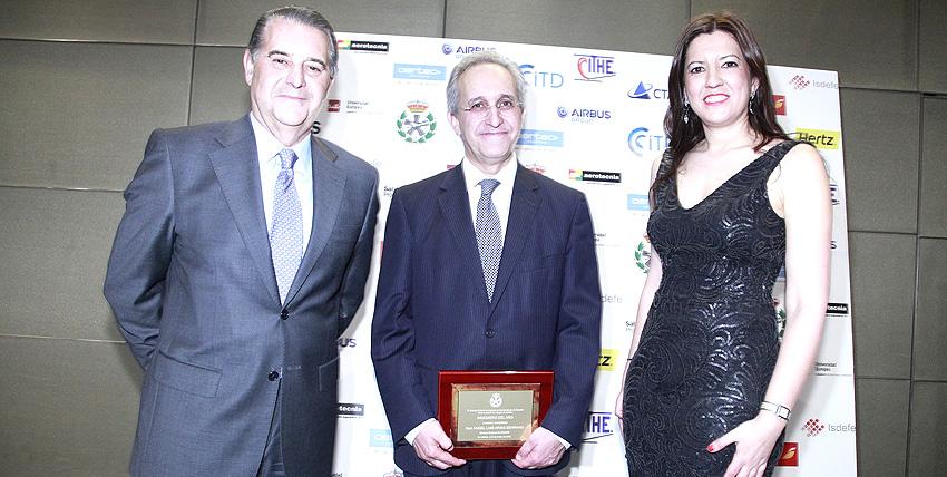 """Ángel Luis Arias, director general de Enaire, recibe el premio """"Ingeniero del año 2016"""""""