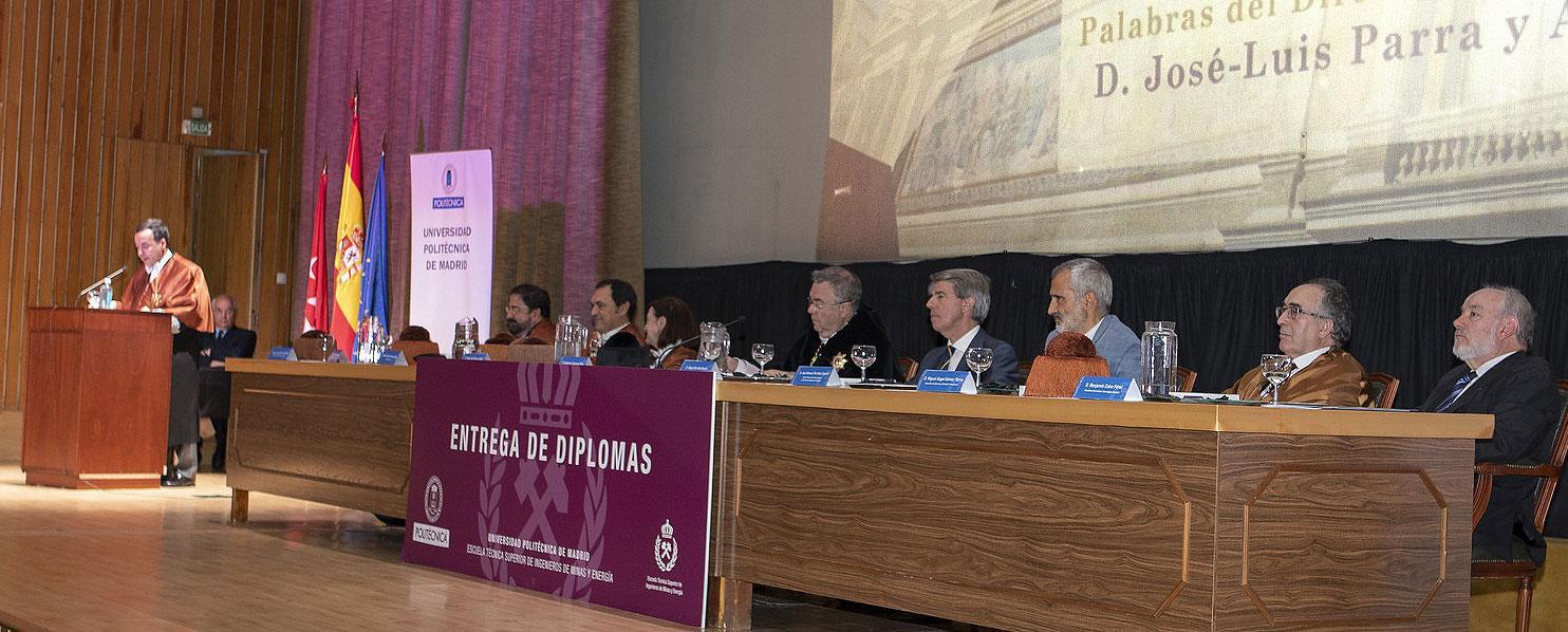 La ETSI de Minas y Energía de la Universidad Politécnica de Madrid entrega los diplomas a sus nuevas promociones