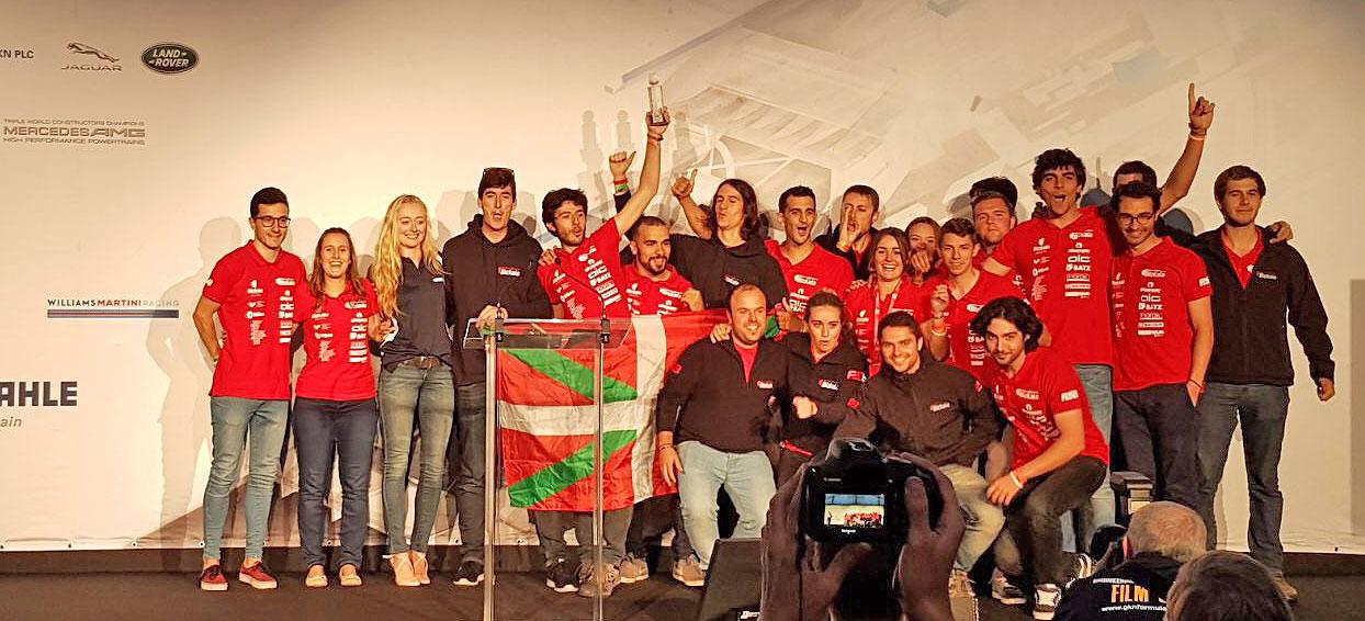 El monoplaza de Ingenieros de Bilbao gana 4 premios en Silverston