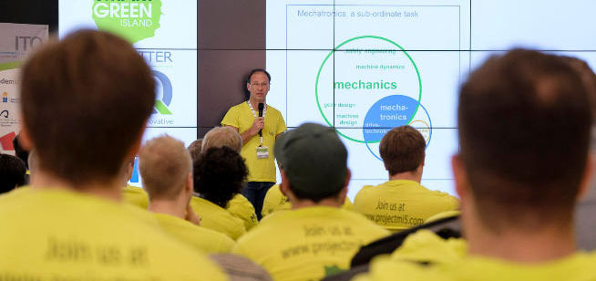 La segunda edición de Makeathon reúne a más de un centenar de ingenieros centrados en proyectos de Industria 4.0, Mecatrónica y Robótica Aplicada