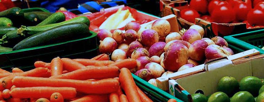 Crean una nueva caja de cartón activo que alarga la vida útil de frutas y hortalizas