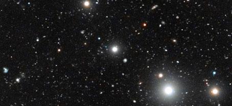 Detectan por primera vez galaxias oscuras en el universo temprano