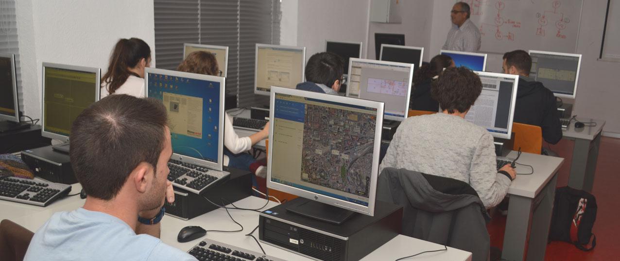 La Escuela de Arquitectura de la UPCT forma a sus alumnos en el uso de tecnología BIM para detectar fallos en diseño de edificios