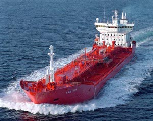 Los barcos deberán reducir el nivel de azufre de sus combustibles
